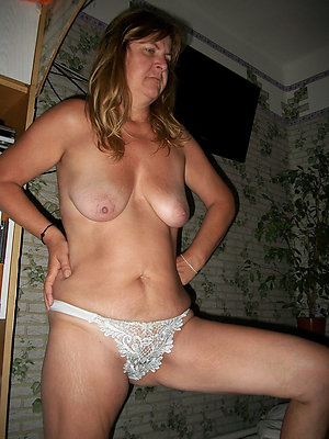 Inexperienced mature panties pictures