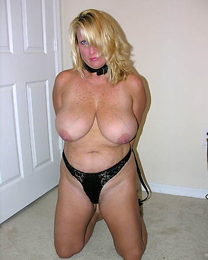 Xxx old women wearing crotchless panties pics