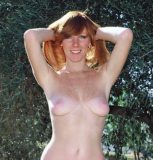 Naked amateur mature redhead porn pics
