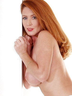 Nude redhead mature porn galleries