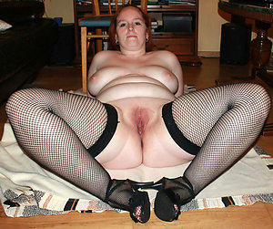 Best pics of mature shaved pussies