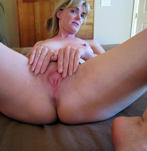 Naked mature shaved pussy galleries