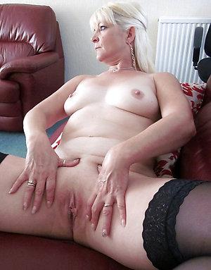 Sweet mature shaved vagina sex xxx