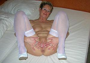 Xxx mature shaved cunt porn galleries