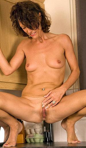 Wonderful skinny wife porn pics