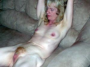 Hot skinny mature women porn pics