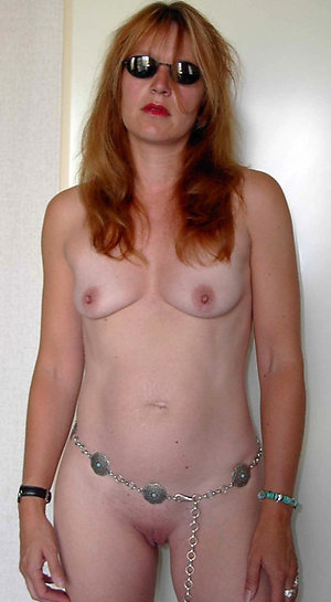 Free amateur old women small tits