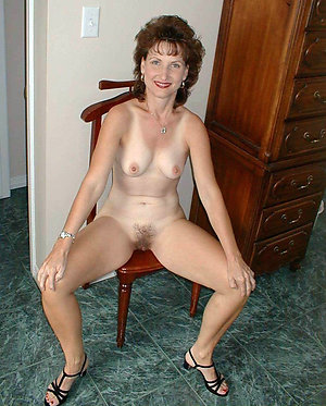 Homemade amateur mature small tits