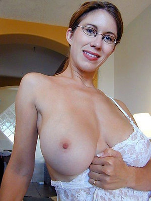 Xxx older women with great tits