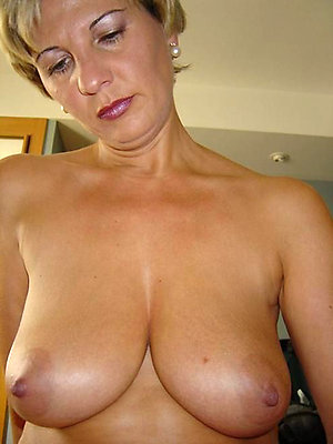 Real naked women with big tits pics