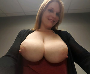 Cute mature tits porn galleries