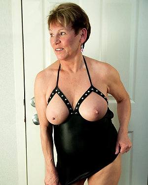 Handsome mature tits and ass pictures