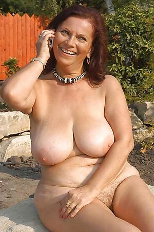 Best pics of amateur mature tit