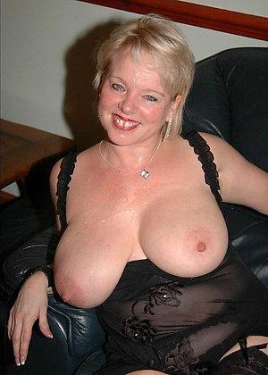 Nice amateur mature tits love porn