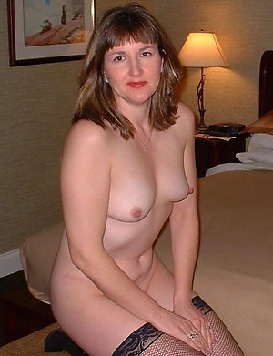 Amateur horny mature wife pic