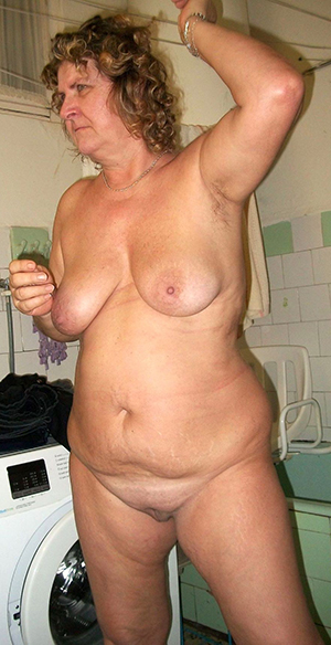 Bitchy mature naked wife pictures