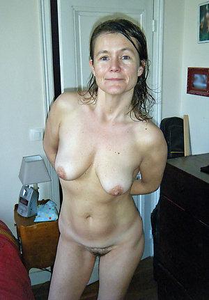 Favorite mature wife slut love porn