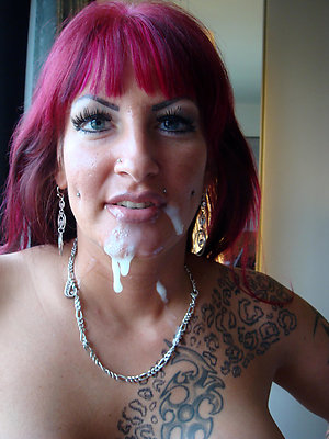 Hot naked women with tattoos pics