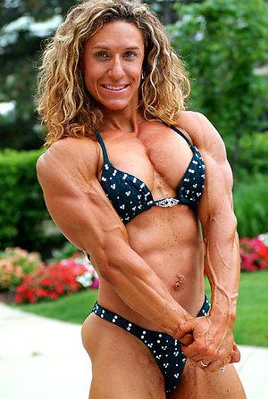 Busty amateur mature muscle porn