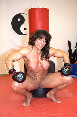 Inexperienced hot muscle mature