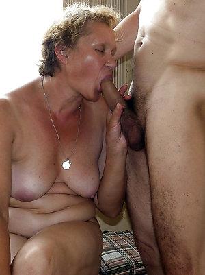 Xxx old lady amateur nude photos