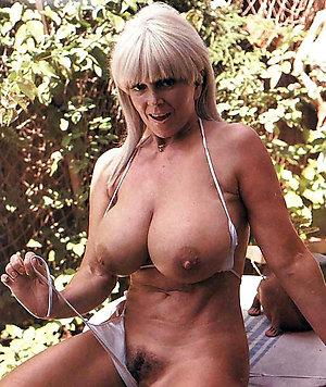 Naughty amateur nude women gallery