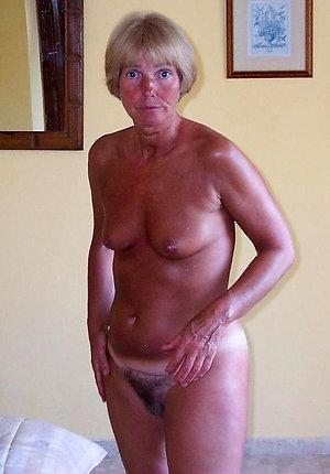 Favorite mature milf nude amateur pics