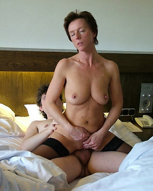 Naughty big tit moms picture