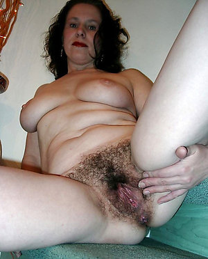 Xxx hairy women free porn gallery