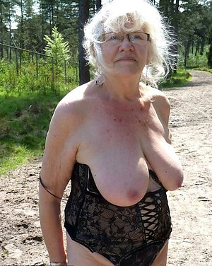 Sweet granny hairy sex pictures