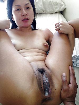 Horny hot mature creampie pics