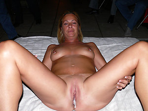 Amateur pics of mature hairy creampies
