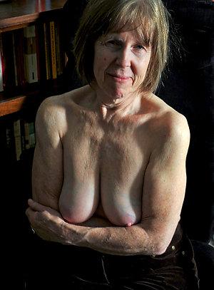 Hot horny old women amateur photos