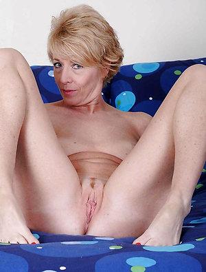 Best pics of old women masterbating