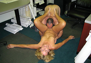 Homemade woman eating pussy pics