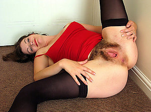 Free hot slut wife nude photos