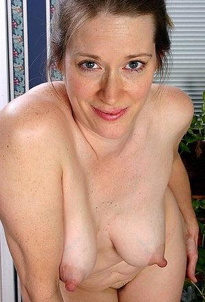 Handsome solo mature porn