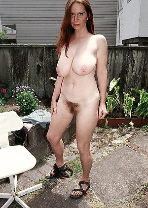 Amateur solo mature porn