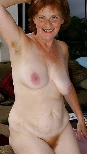 Slutty mature redhead pussy photos