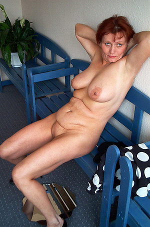 Free mature redhead porn galleries