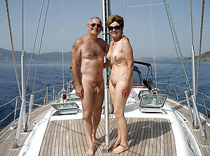 Amateur pics be useful to mature nudist couples