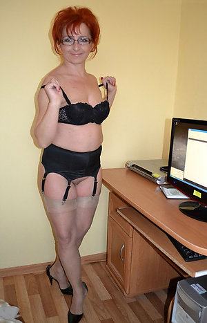 Sexy hot mature whore pictures