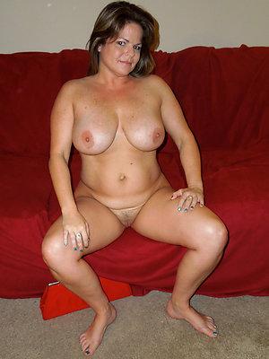 Real grown up natural sex photos