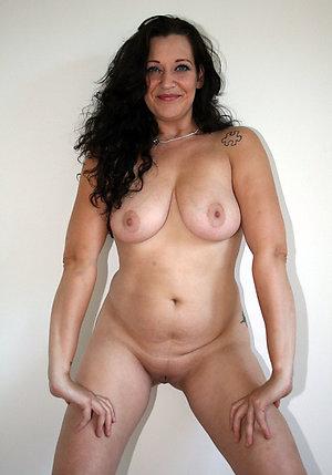 Busty full-grown natural sex pics