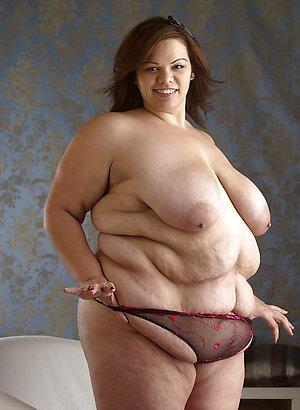 Horny mature fat nude women