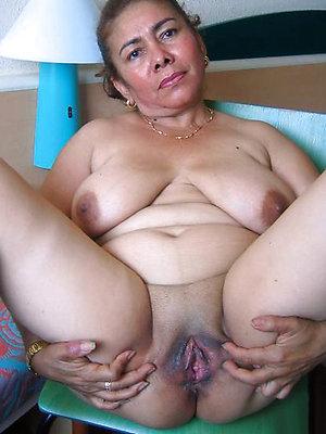 Amateur pics of huge tits mature