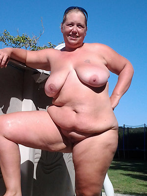 Lovely fat mature women pictures