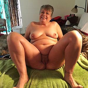 Gorgeous fat white mature amateur pics