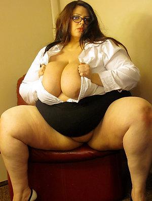Busty fat mature porn