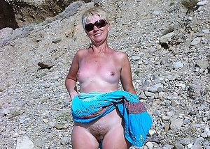 Free nude mature beach pics